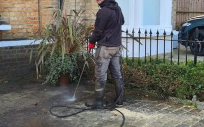Block Paving Cleaning job based in Buckhursthill